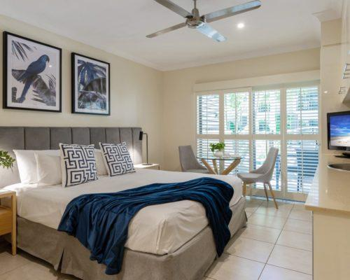 port-douglas-studio-apartments4
